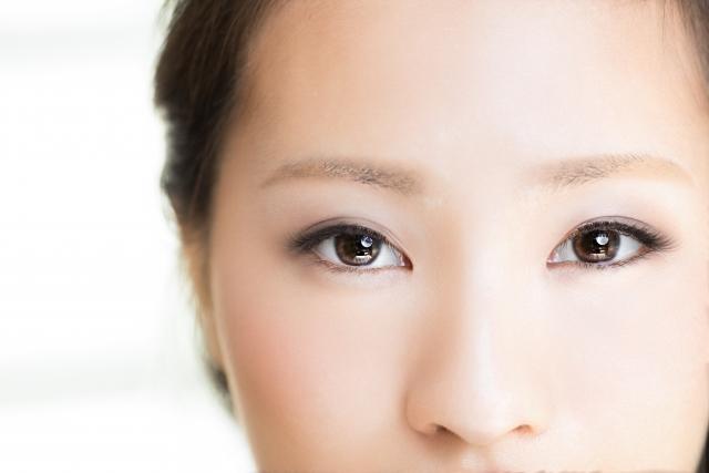 コントロールカラーの正しい選び方!くまやくすみ、赤みを色補正して透明感のある美肌に